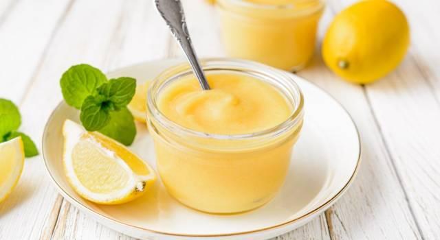 Come fare un budino al limone goloso e rinfrescante