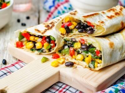 Burrito vegetariano con peperoni e zucchine: la ricetta da zero!