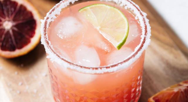 Aperitivo analcolico: il cocktail alla frutta perfetto per chi non beve alcol