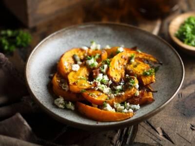Zucca butternut e radicchio in panzanella: la ricetta golosa e vegetariana