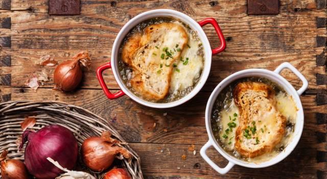 Zuppa di cipolle alla francese, un piatto povero ma gustosissimo!