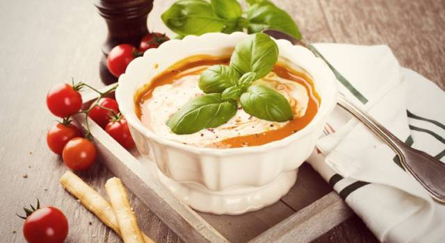 Ricetta salva spesa: Gazpacho allo yogurt greco