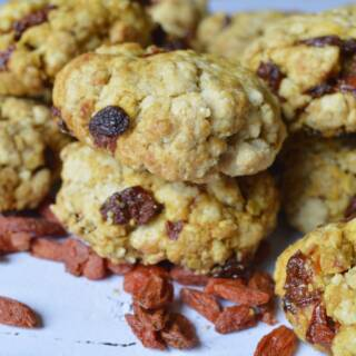 Biscotti vegani alle bacche di goji