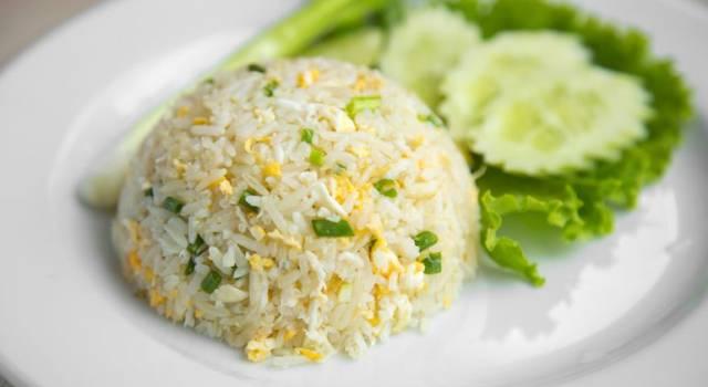Come fare il riso fritto alla thailandese