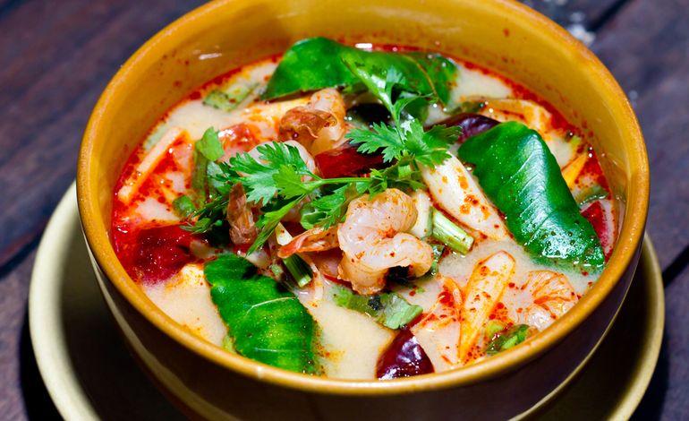 Ricetta Zuppa Thai Con Gamberi.Zuppa Di Gamberi Al Lime E Latte Di Cocco
