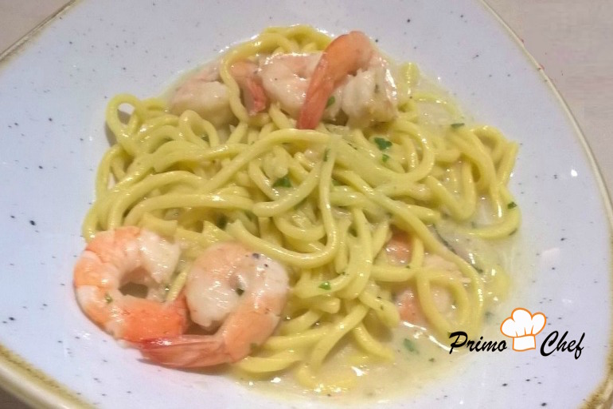 Spaghetti-crema-funghi-gamberetti