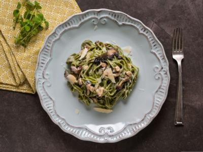 Tagliatelle verdi con funghi: un primo piatto… antiossidante!