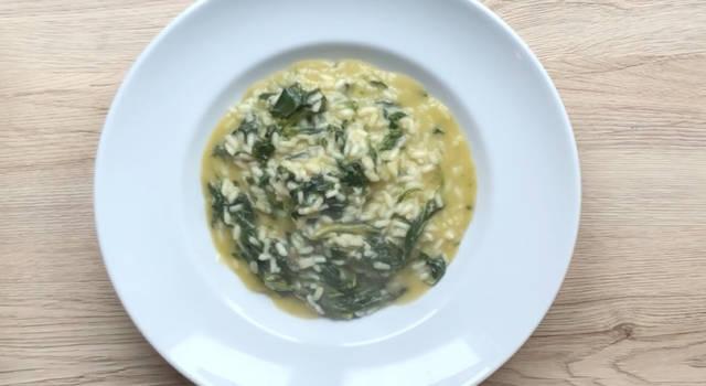 Come fare il risotto con spinaci, un classico della cucina italiana