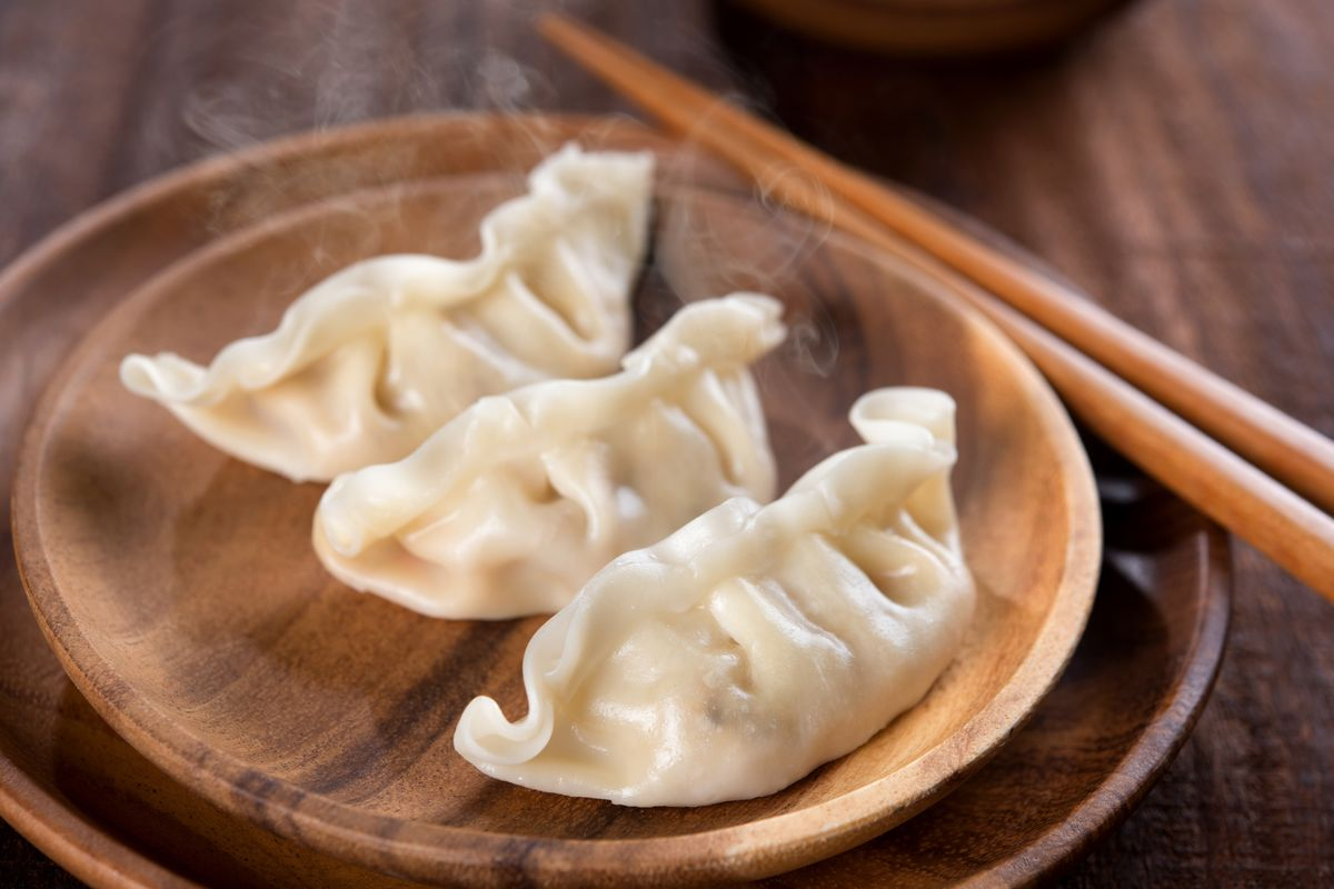 ravioli cinesi di carne al vapore