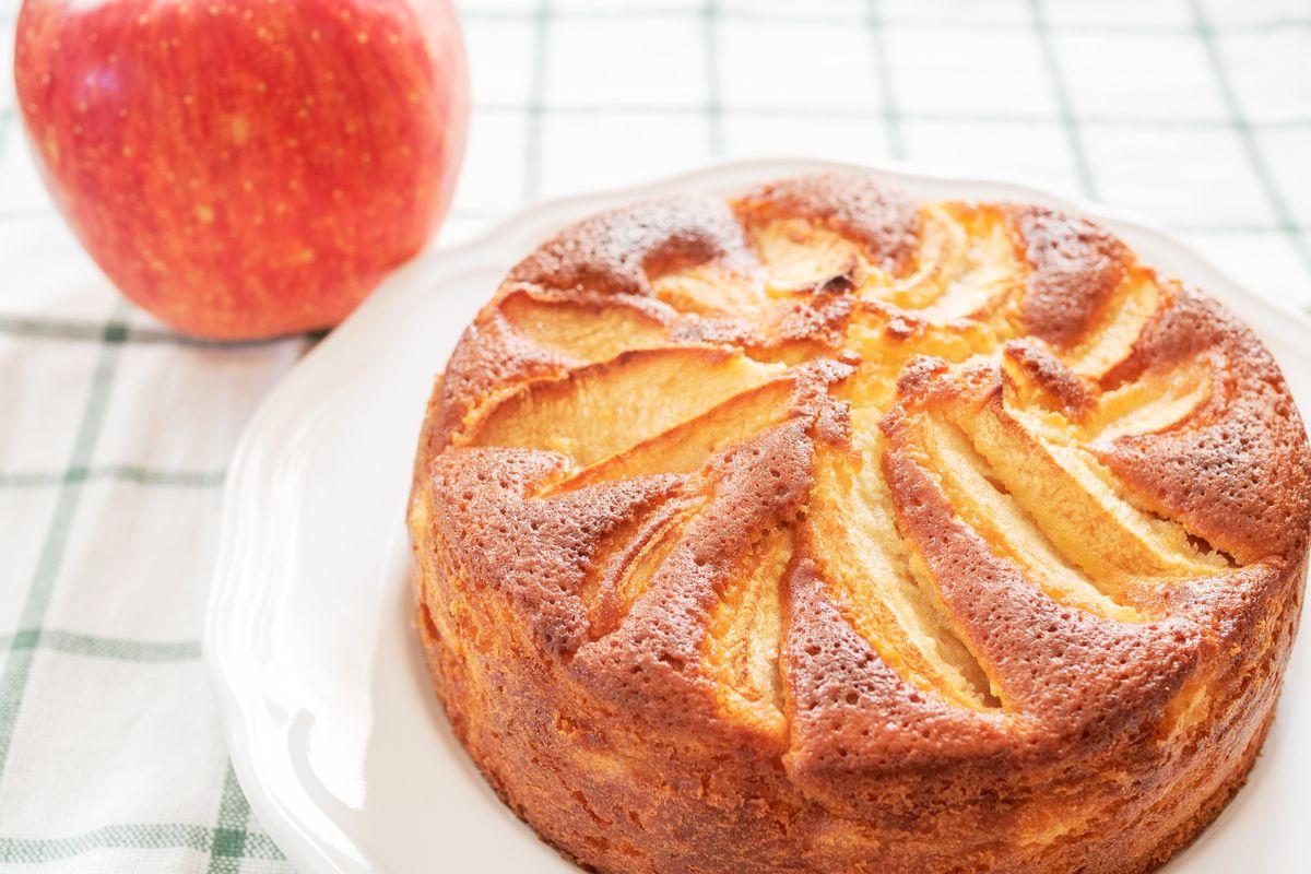torta di mele e yogurt sofficissima
