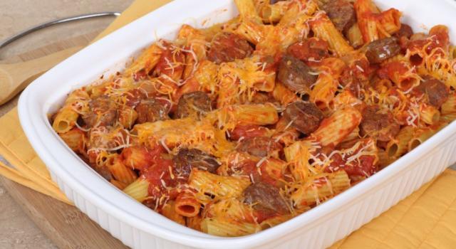Pasta al forno con ricotta e salsiccia