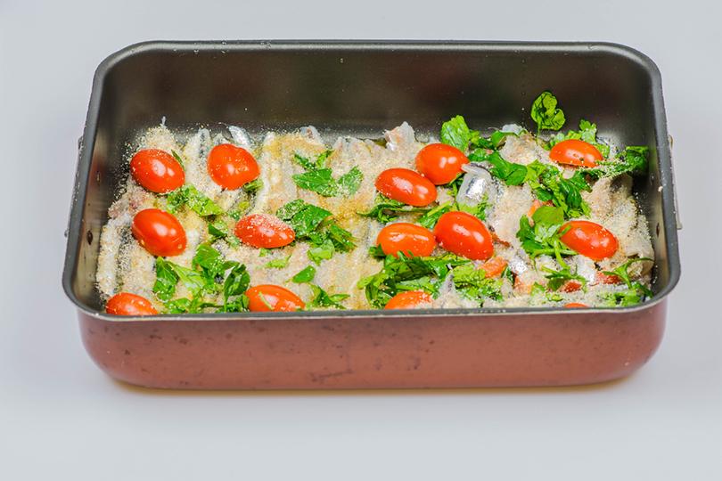Alici al forno alla napoletana
