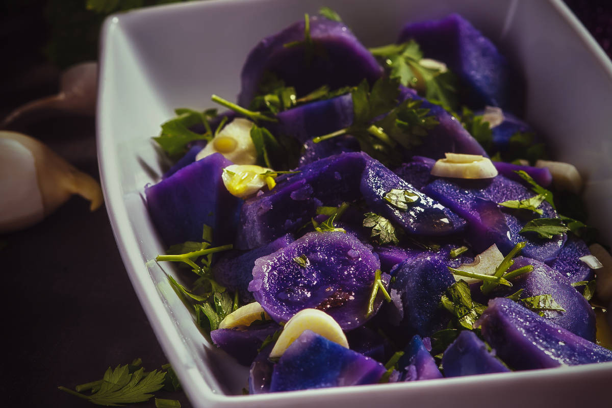 Insalata di patate viola