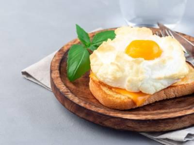 Scenografico quanto semplice: l'uovo nuvola è assolutamente da provare!