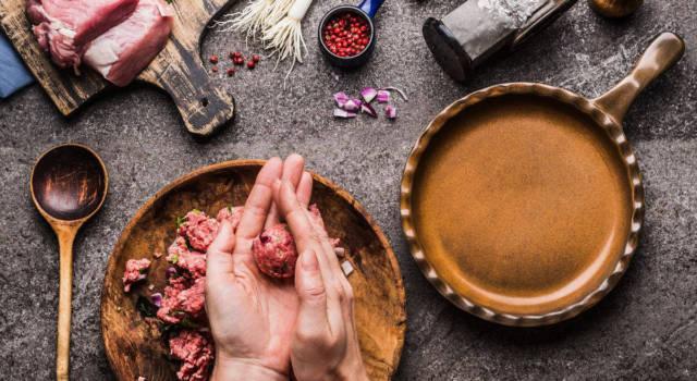 Come formare e cuocere polpette perfette: trucchi e curiosità