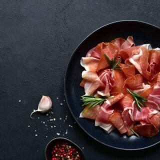 Ricette con prosciutto crudo: cinque piatti facili e buonissimi