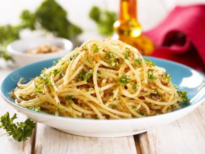 Ricetta salva tempo: spaghetti con briciole di pane