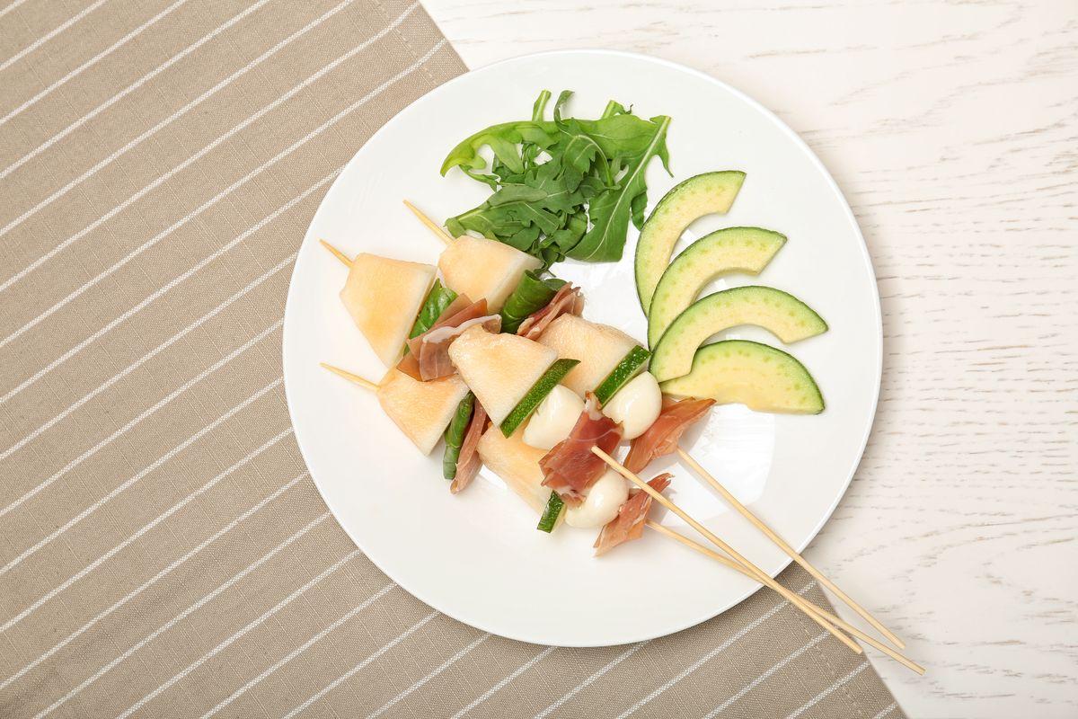 Spiedini con melone e feta