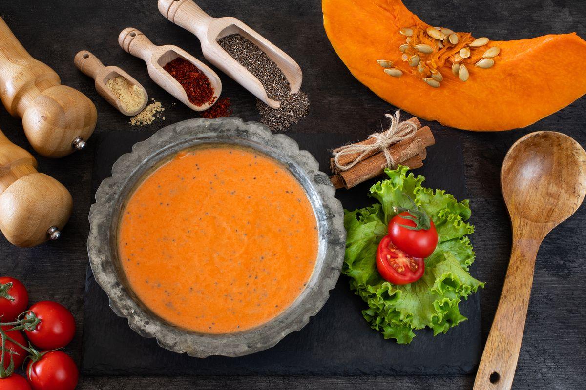 Zuppa con semi di chia