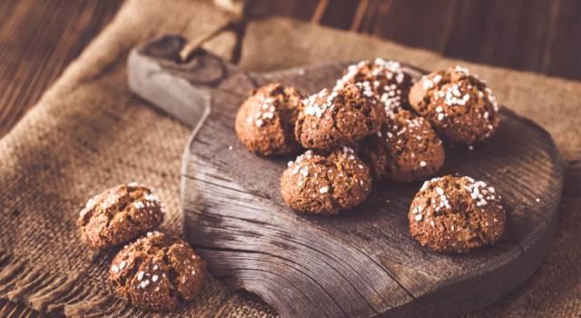 I biscotti alle mandorle e nocciole (morbidi) sono una sorpresa