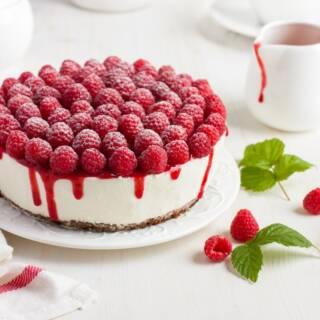 Cheesecake ai lamponi senza cottura: vegan e golosa!