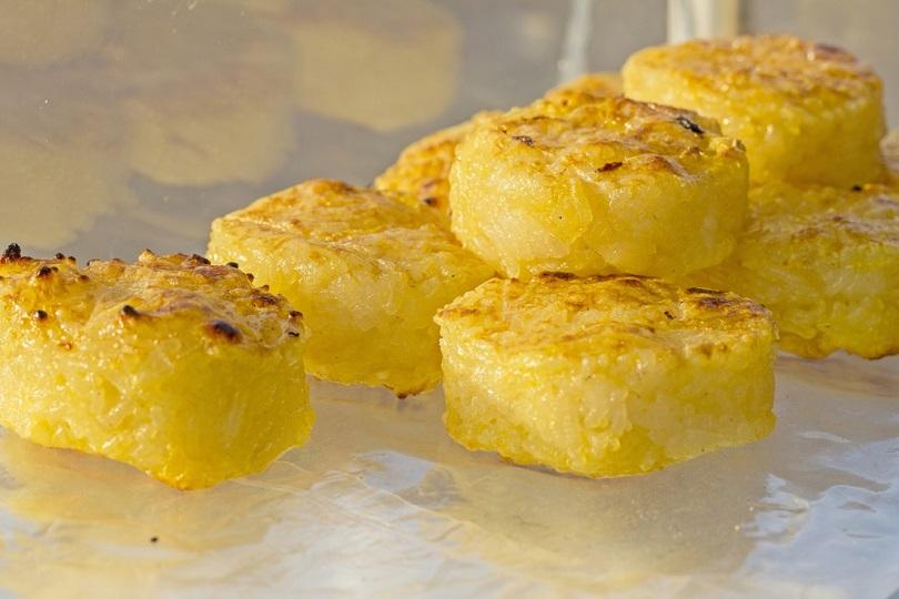 sformatini di polenta al tartufo