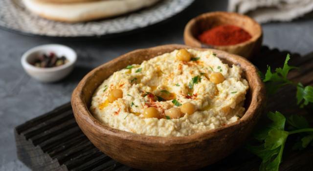 Hummus: la ricetta leggera senza aglio, senza tahina e senza glutine!