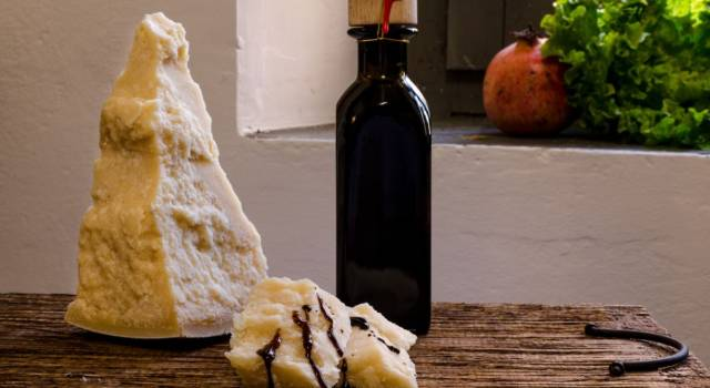 Flan di parmigiano e pere con aceto balsamico di Modena IGP