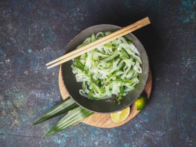 Deliziosa pasta al pesto di alghe kombu (veg)