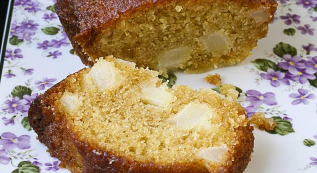 Plumcake salato con pere e formaggio di capra
