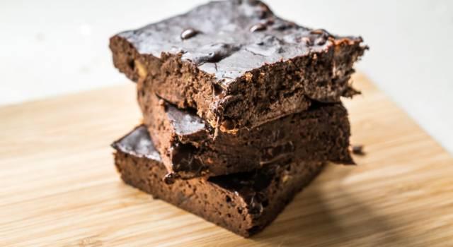 Deliziosa torta al cioccolato senza glutine: così buona non l'avete mai fatta!