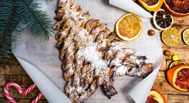 Albero di pasta sfoglia senza glutine alla Nutella: il dolce natalizio