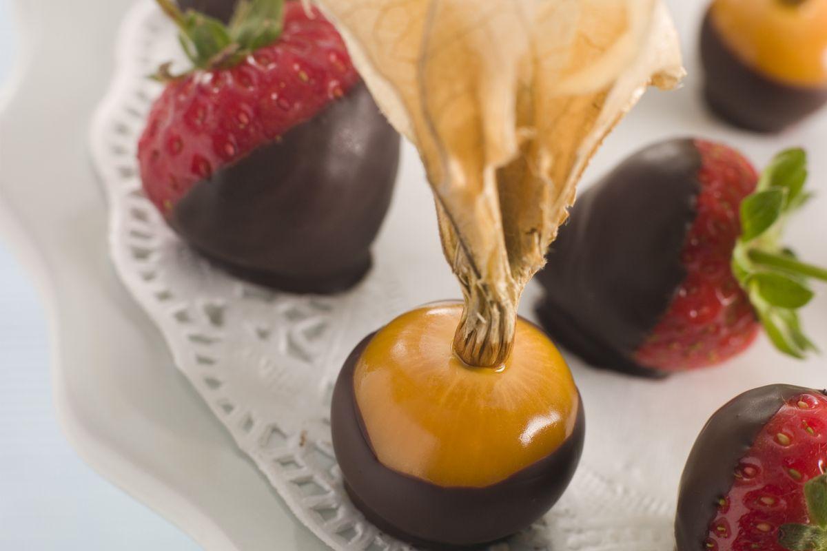 alchechengi e cioccolato