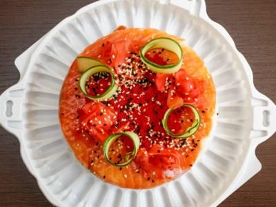 Questa cheesecake salata al salmone è imperdibile