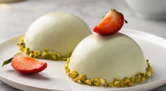 Mousse al cioccolato bianco e pistacchio: un sogno!