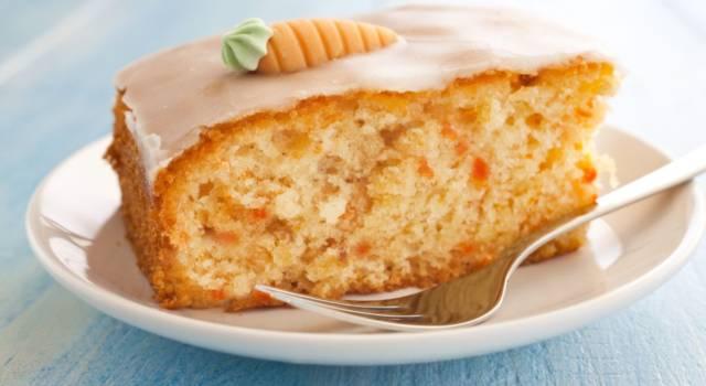 Torta di carote vegan glassata (da fare anche con il Bimby)