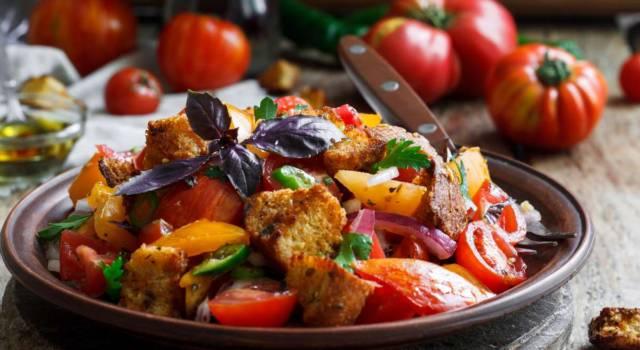 Dalla tradizione toscana, ecco la panzanella