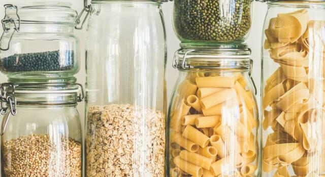 Come pulire la dispensa della cucina