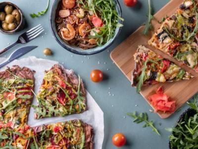 Pizza arcobaleno con verdure: colorata, gustosa e vegana!