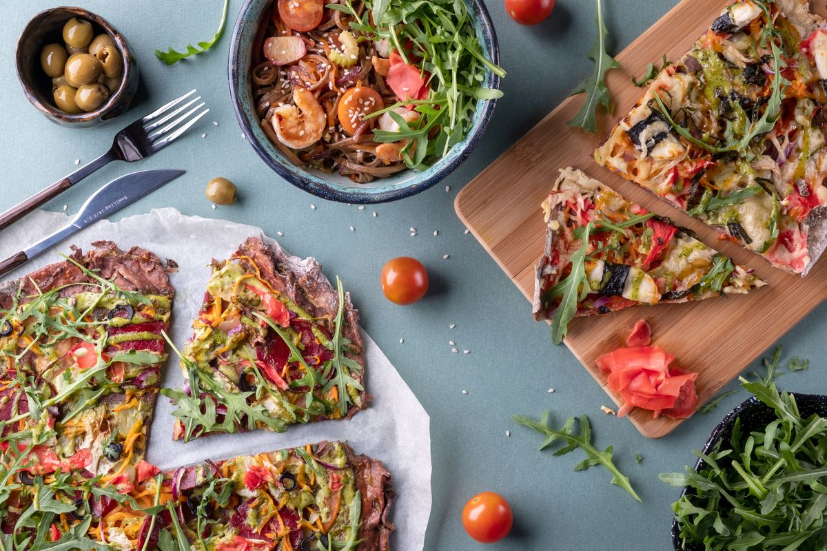 Pizza vegana con verdure