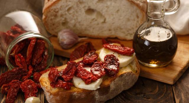 Come fare i pomodori secchi al forno: la ricetta