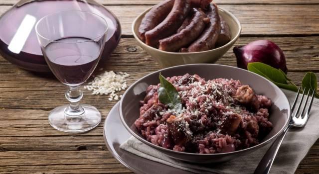 Risotto al radicchio con salsiccia: cremoso e incredibilmente buono