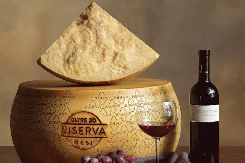Grana Padano e vino
