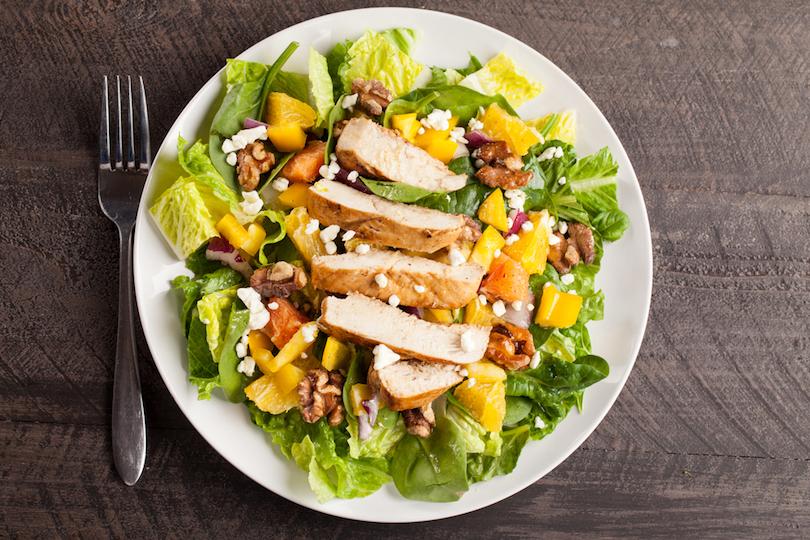 insalata di pollo e mango