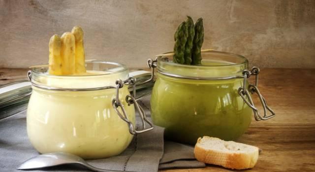 Uova mimosa con crema agli asparagi