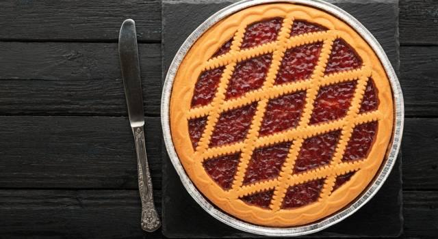Crostata di avena con marmellata di fragole