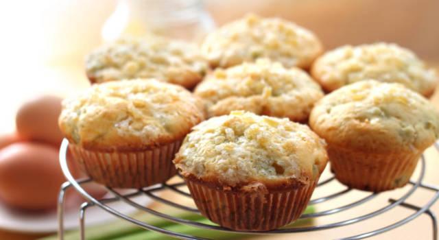 Muffin zenzero e rabarbaro: la ricetta vegana