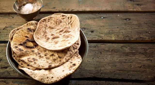 Ecco la ricetta del pane azzimo fatto in casa (senza lievito)