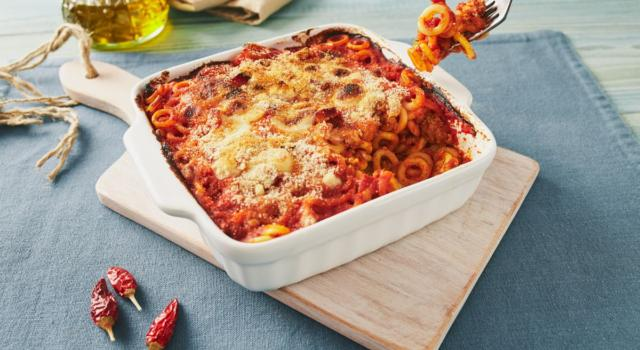 Pasta al forno alla siciliana: un piatto ricco e saporito