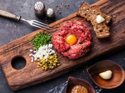Tartare di fassona: la ricetta per chi ama la cucina tipica piemontese